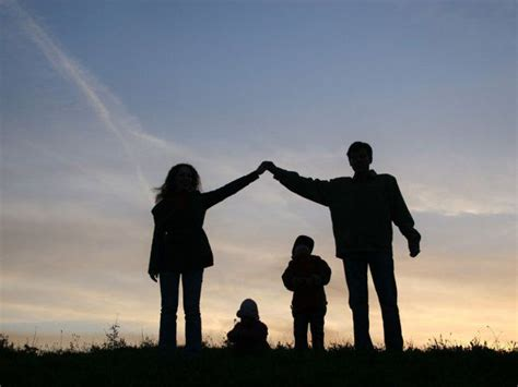 beautiful family family background beautiful wallpapers images photos