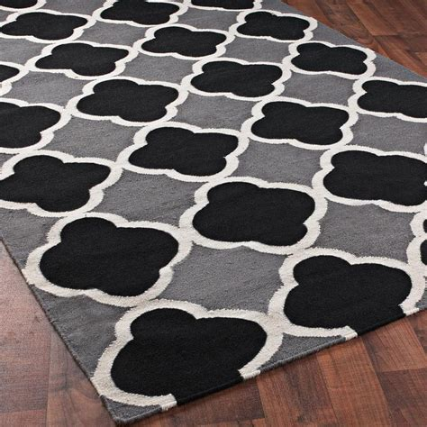 Black White And Rug by Interior Black And White Rug For Minimalist Home Design