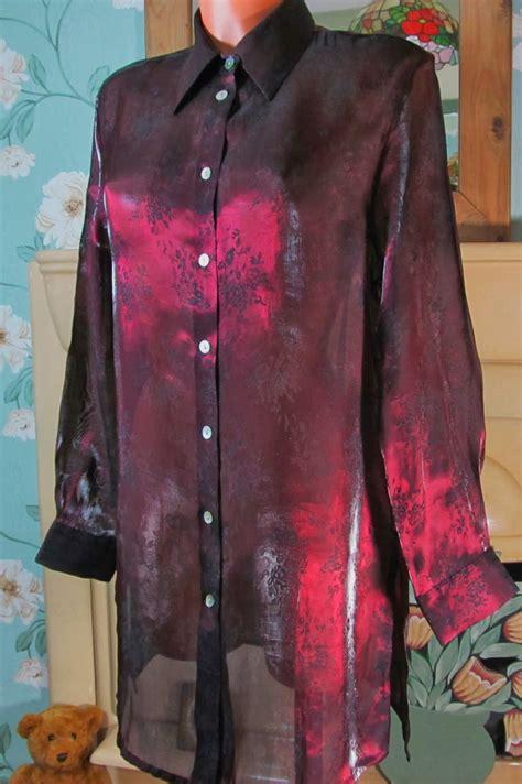 Lyppi Blouse vtg fabiani maroon black glossy shimmering slippy blouse tunic top shirt r11427 sangriasuzie s