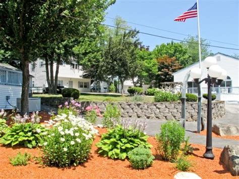 exit 5 motel and cottages prices hotel reviews saco