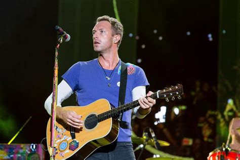 coldplay net worth 2017 how old is chris martin what s his net worth who is his