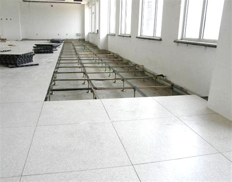 raised floor laminated cementitious panels interface