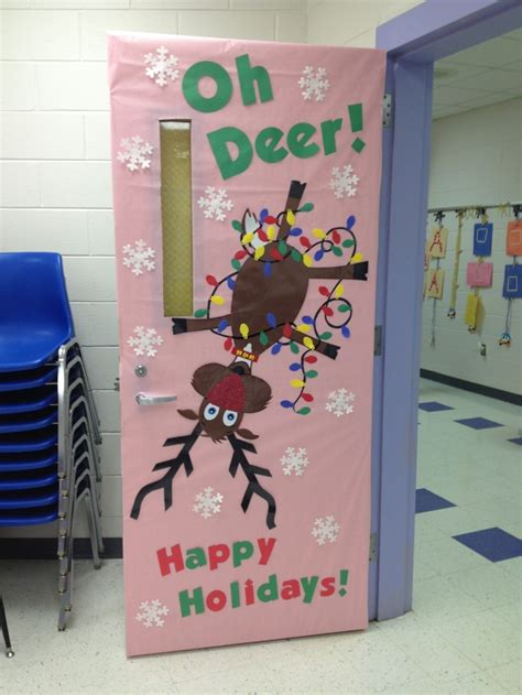 oh deer door decoration maestraemamma idee per decorare l aula per natale porte decorate
