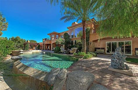 mike tyson las vegas house boxing legend mike tyson sells las vegas mansion and buys a bigger one down the road