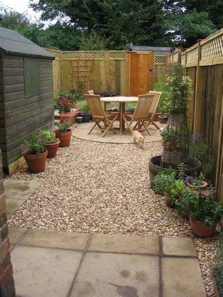 Small Terraced Garden Ideas Circular Traditions A Small Low Maintenance Terrace Garden With A Circular Seating