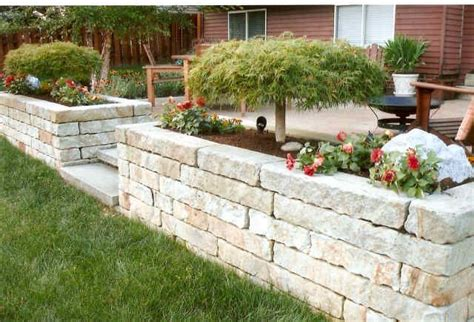 diy raised paver patio 17 best images about patio on concrete patios raised patio and backyards