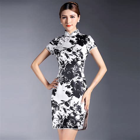 Dress Wanita Black White pretty black and white silk qipao cheongsam dress white