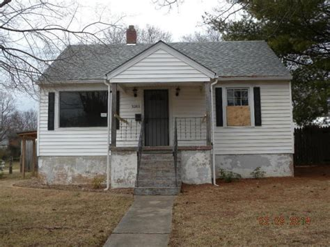 3202 plantation rd ne roanoke virginia 24012 foreclosed