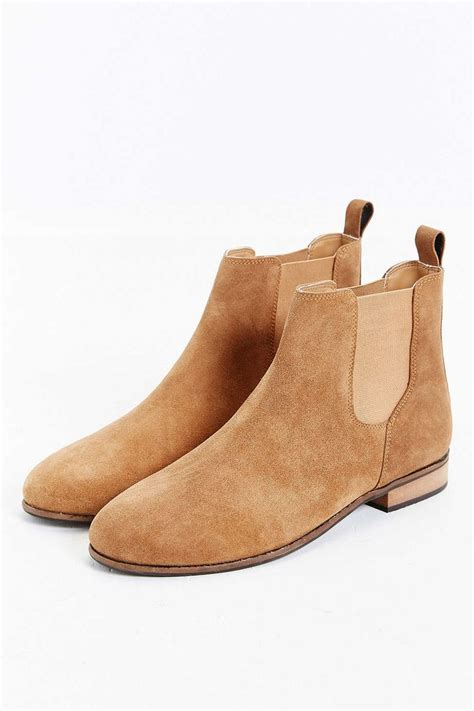light brown chelsea boots best 25 suede chelsea boots ideas on pinterest tan