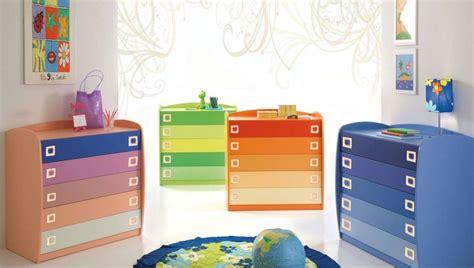 cassettiere colorate cassettiere mondo convenienza 2013 foto design mag