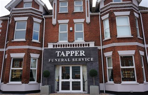 tapper funeral parlour poole
