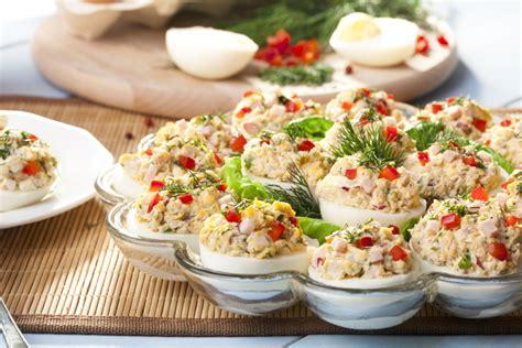 decorare oua paste copii oua umplute cu sunca si ardei retete practice