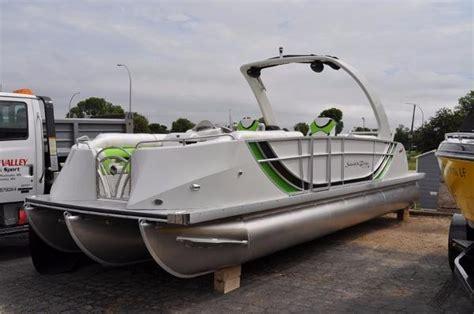 deck boat vs pontoon rough water nejc pontoon vs bay boat