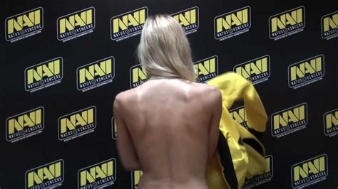 Jaket Jaket Hoodie Dota Team Navi na vi hoodie review by polina with subtitles