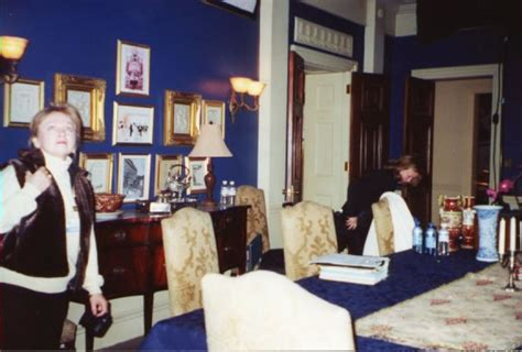 layout of nero wolfe s office the wolfe pack in 2002 on the set of the a e nero wolfe