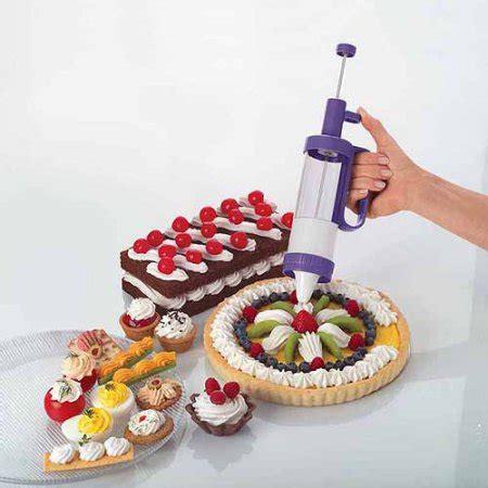 Wilton Dessert Decorator Pro by Low Price On Wilton Dessert Decorator Plus