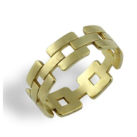 link wedding band solid gold wedding ring unique