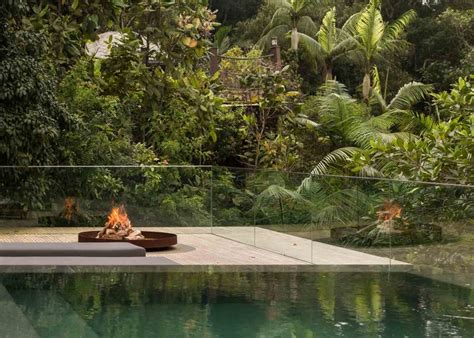 jungle house music studio mk27 developed this amazing jungle house in the brazilian rainforest