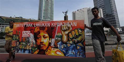 Politik Hak Asasi Manusia Dan Transisi Di Indonesia Robertus Robet jokowi diminta selesaikan kasus pembunuhan aktivis ham