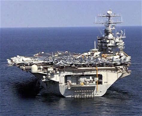 portaerei americane le immagini delle portaerei statunitensi mondo il sole