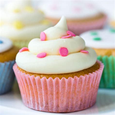 simple cupcakes recipe