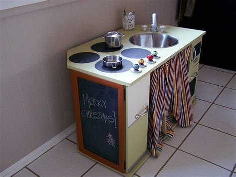 homemade play kitchen ideas homemade play kitchen daycare setup ideas pinterest