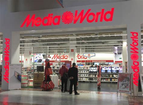 mediaworld porta di roma orari centro commerciale i gigli negozi