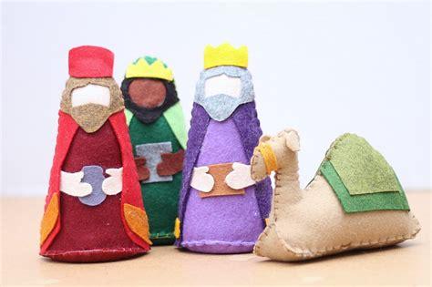 free pattern for felt nativity set felt nativity set pattern do small things with great love