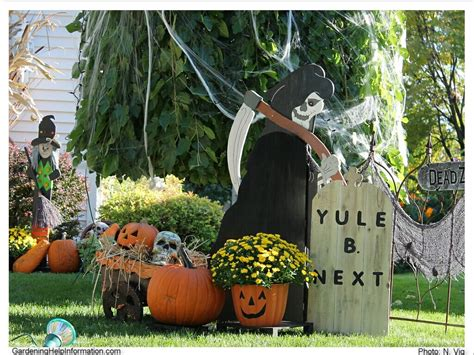 Yard Decorations by Decorating Your Yard For It Reap