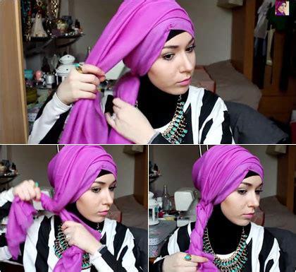 tutorial turban topi tutorial hijab bergaya turban dengan aksen twist