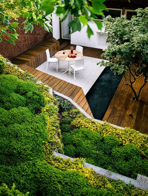 Ideas Landscaping For Small Backyard Modern Hill House
