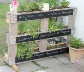 pallets garden ideas le mur v 233 g 233 tal en palette id 233 es originales pour un