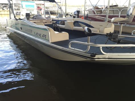 deck boat lowe lowe 2220 sl 1998 for sale for 11 500 boats from usa