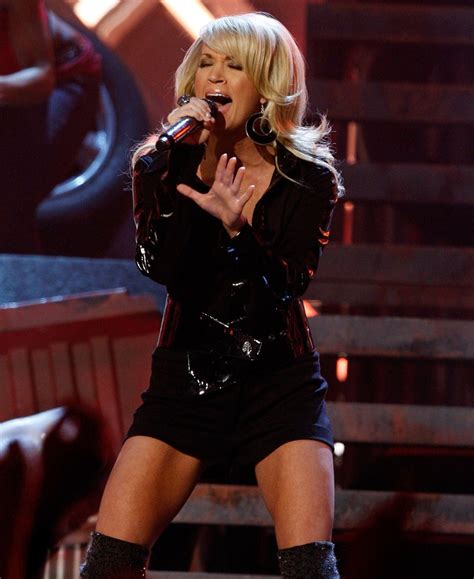 carrie underwood body american idol to superstar carrie underwood s body