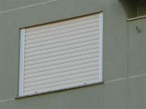 persianas externas foto persiana externa de enrolar de persianas externas de