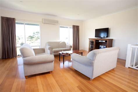 Living Room Doubles As Bedroom Storey Villa Victor Harbor Hotels Mccracken