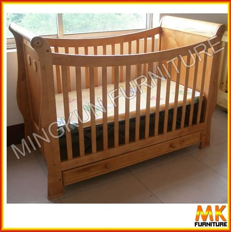 Solid Wood Baby Cirb Wooden Baby Nursery Bed Baby Cot Wooden Baby Cribs