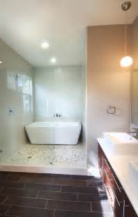 Bath Tub With Shower Freestanding Tubs Or Built In For Masters