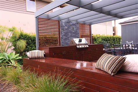 how to create the outdoor room reno addict