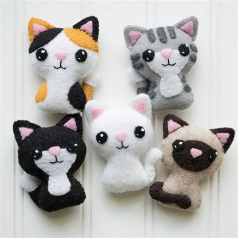 sock animal patterns cat felt cat pattern sewing pattern cat softie pattern