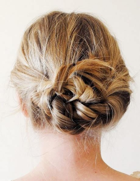 5 minute hairstyles for medium hair 5 minute hairstyles for short hair