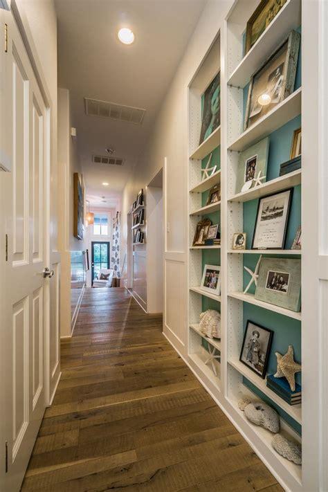 langer flur ideen 25 best ideas about decorate hallway on