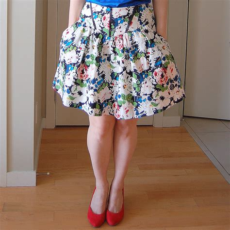 pattern review crescent skirt now available crescent skirt pdf pattern sewaholic
