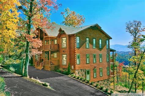 12 bedroom cabins in gatlinburg tn a view for all seasons 12 bedroom cabin from hearthside