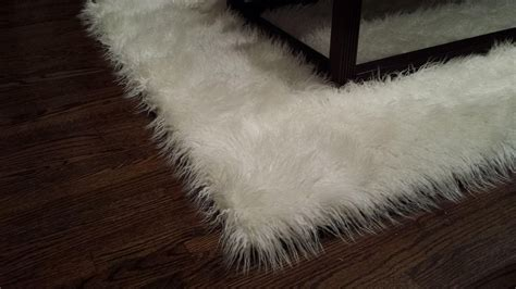 how to make a faux fur rug white faux fur area rug rugs ideas
