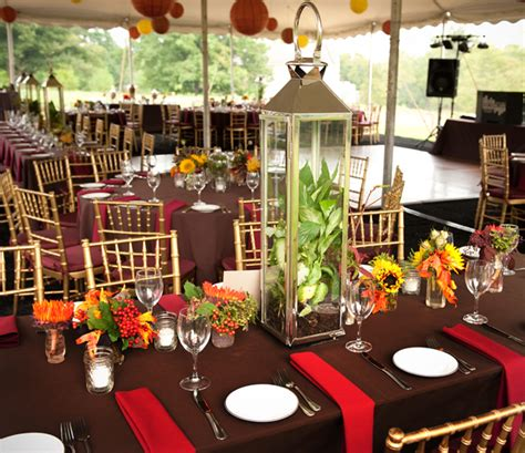 backyard wedding centerpieces beautiful blooms rustic backyard wedding celebration