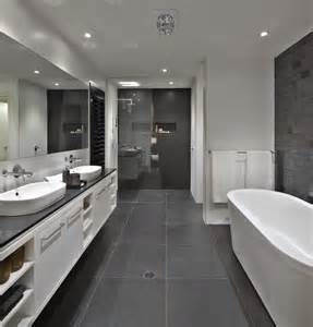 Gray And White Bathroom by 25 Best Ideas About Dark Grey Bathrooms On Pinterest