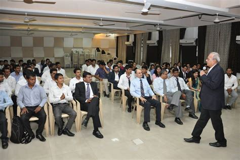 Wadia College Pune Mba by Neville Wadia Institute Of Management Studies And Research