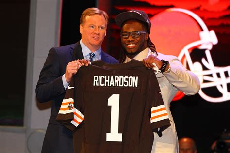 why is trent richardson benched nfl draft 2012 why trent richardson will be rookie of the year bleacher report