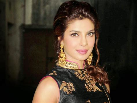 priyanka chopra hairstyle in krrish movie priyanka chopra movie promotion for krrish 3